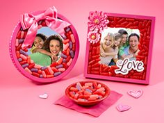 Sweet Valentine's Day Picture Frame- see.walmart.com/peeps?cid=lrp.428.3399