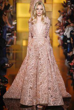 Debonair Look in Blush Lace Court Train Deep V-neck Evening Gown | http://brideandbreakfast.ph/2015/07/17/elie-saab-haute-couture-fw-2015/#more-57431 | Designer: Elie Saab
