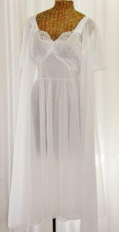 Vintage Bridal Chiffon Peignoir Set Vanity Fair Mint 378eb5f36