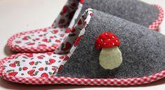 """Hausschuhe - Hausschuhe """"Pilz"""" aus 100% Wollfilz - ein Designerstück von die_naeherin bei DaWanda"""