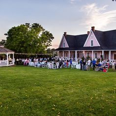 This Is The Place for a beautiful wedding on beautiful grounds. This Is The Place Weddings: 801.924.7507 @pearlsandlacephoto #utahwedding #utahweddings #weddingvenue #utahweddingvenue #weddings #wedding #utah #slc #TITP #florals #centerpieces #tabledecor