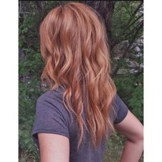 Golden rose hair color new trend style 2019 color hairstyle trends hairstyles . - - Golden rose hair color new trend style 2019 hairstyle trends hairstyle world 2019 Rose Hair Color, Hair Color Dark, Dark Hair, Hair Colors, Color Red, Blonde Color, Pelo Color Caramelo, Medium Length Blonde, Medium Red Hair