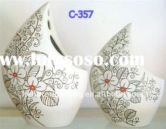 Google Image Result for http://www.lulusoso.com/upload/20120314/white_ceramic_painting_vase.jpg