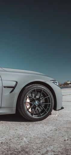 Bmw Iphone Wallpaper, Bmw Wallpapers, Best Iphone Wallpapers, Hd Wallpaper, Cellphone Wallpaper, Rolls Royce Motor Cars, Car Wallpaper Download, Blur Background Photography, Background Images