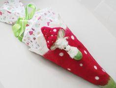 Schultüten - Schultüte Zuckertüte Glückspilz handgefilzt - ein Designerstück von SweetDecor bei DaWanda