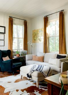 Baton Rouge Rental House Tour Photos | Apartment Therapy Bedroom Fireplace, Fireplace Mantle, Living Room Bedroom, Bedroom Decor, Home Decor Inspiration, Design Inspiration, Decor Ideas, Home And Living, Small Living