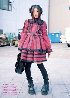 Annette takes a look into the Lolita Fashion Community. This first article looks at the Lolita Fashion and it's origins. Harajuku Fashion, Kawaii Fashion, Lolita Fashion, Gothic Fashion, Edgy Outfits, Cute Outfits, Fashion Outfits, Indie, Grunge