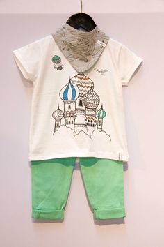 Fashion editors' darling Indikidual offers us a mega cute version of celebrated Moscow landmark St. Basil's Cathedral paired with colorful bottoms. One of each for us, please