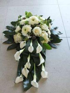 Funeral Floral Arrangements, Tropical Floral Arrangements, Church Flower Arrangements, Rose Arrangements, Cemetery Flowers, Sympathy Flowers, Japanese Flowers, Wedding Background, Funeral Flowers