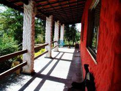 CHACARA para Venda no bairro do Portão, Atibaia 4 dormitórios sendo 2 suítes, 2 salas, 4 vagas 300,00 M2 construída 4429,00 M² de área total utilizável.   ESTUDA PERMUTA POR APARTAMENTOS NA REGIÃO SUL DE SP OU APARTAMENTOS EM GUARUJÁ NAS PRAIAS PITANGUEIRAS, TOMBO OU ASTÚRIAS.  POSSUI: Sala 2 ambientes com lareira Cozinha  Copa  Piscina com Hidro e cascata  Dispensa Lavanderia Salão de festas e jogos Suíte master externa com closet planejado e hidromassagem Casa de caseiro com 3 cômodos…