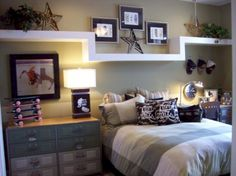 Awesome 60 Adorable Teenage Boys Bedroom Designs Ideas. More at https://trendecor.co/2017/10/03/60-adorable-teenage-boys-bedroom-designs-ideas/