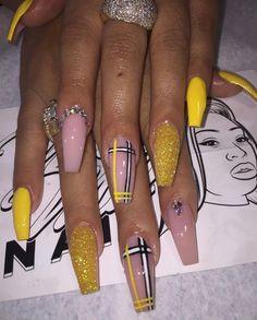 in 2019 acrylic nails, glam nails und Aycrlic Nails, Bling Nails, Swag Nails, Plaid Nails, Best Acrylic Nails, Acrylic Nail Designs, Coffin Acrylic Nails Long, Dope Nail Designs, Acrylic Toes