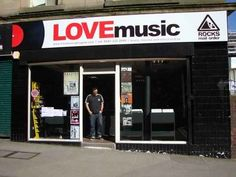 Love Music in Glasgow, Scotland | 27 Breathtaking Record Stores You Have To Shop At Before You Die
