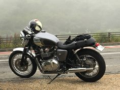 Bonneville custom Triumph