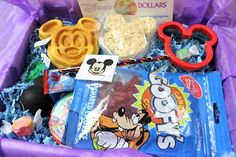 Whaaaat?!! Sign me up! Disney World Subscription Box - Mickey Monthly
