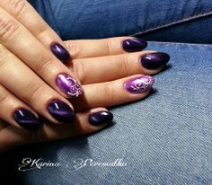 #Chrome and #Tiger eye effects on nails  http://www.crystalnails.com/webshop/crystalac.-gel-polish