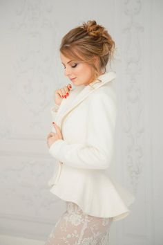 Unique handmade bridal jackets & coats by ANLaceStudioShop Wedding Dress Types, How To Dress For A Wedding, Modest Wedding, Colored Wedding Dresses, Wedding Wear, Wedding Jacket, Wedding Gloves, Winter Wedding Coat, Winter Weddings