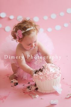 Pink and chocolate cake smash, polka dot bunting, red head © Dimery Photography #cakesmash