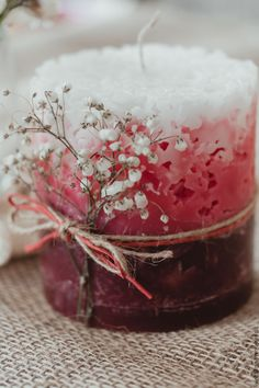 Making candles is a great hobby or business endeavor. For those who have the basics down cold, consider experimenting with the art of making hand dipped candles. Modern Candles, Unique Candles, Luxury Candles, Candle Art, Candle Molds, Oil Candles, Scented Candles, Aroma Candles, Feng Shui Dicas