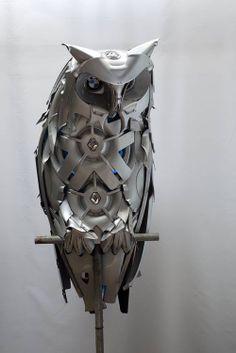Hubcap Creatures - owl Pinned by www.myowlbarn.com