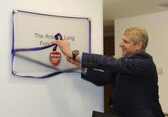Wenger opens the Lung Function Unit at Great Ormond Street Hospital. Arsenal Football, Arsenal Fc, Arsene Wenger, Professional Football, Fa Cup, Lunges, Premier League, Foundation, Sporty