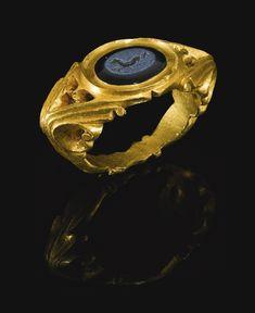 Roman gold gryllos intaglio ring ca 2nd century BC Ancient
