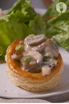 Now serving... the BEST EVER Chicken à la King Pies with a super hacky pastry technique 😍😋🥧 Pastry Shells, Creamy Chicken, Main Meals, Food Videos, The Best, Chicken Recipes, Veggies, Favorite Recipes, Easy Dinners