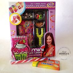 Make your own fun bracelets & more with this colourful loom band loot bag. Loot bags are packaged in a cellophane bag and tied shut with a ribbon.