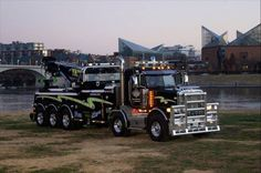AMERICAN 5 axle - TOW TRUCK