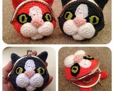Dog Coin Purse Crochet Pattern por LauLovesCrochet en Etsy
