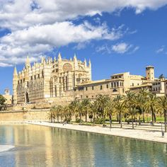 Silvester auf Mallorca – dein perfekter Start ins neue Jahr: 4 Tage im 4-Sterne Hotel in Palma de Mallorca mit Frühstück + Flug ab 499 € - Urlaubsheld | Dein Urlaubsportal