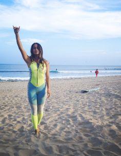 Hang loose and Surf
