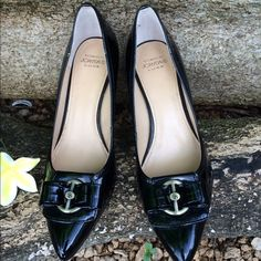 """🌲CIRCA Joan&David Heel Pumps🌲 🌲Woman's black patent faux leather heel pumps 6.5M Leather Upper Balance Man Made. Worn a couple of times, in great condition🌲 2-3/4"""" heel. Circa Joan&David Shoes Heels"""