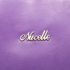 Elegancka torebka ze skóry bydlęcej w kolorze purpurowym