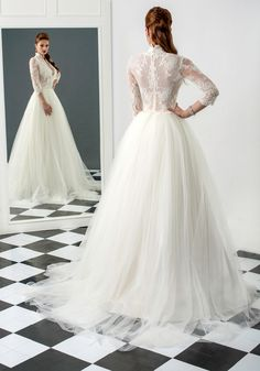 Rebecca wedding dress, Bien Savvy 2015 collection   Ask for more details at client@biensavvy.eu