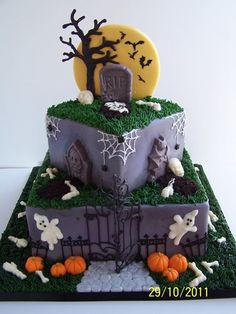 Cute #Halloween Spooky Graveyard Cake by Tea Party Cakes | Facebook