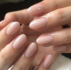 Neutral Nail Colors For Job Interview natur Essie nail polish, merino cool, nude nail polish, fl. Essie Nail Polish, Nail Polish Colors, Essie Gel, Gel Polish, Neutral Nails, Dark Nude Nails, Nagel Gel, Almond Nails, Trendy Nails