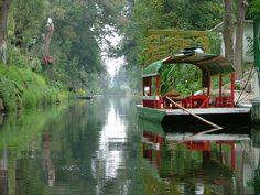 Lake Xochimilco | Xochimilco: Viaje en Lago como estilo prehispánico/Indigenous Lake ...