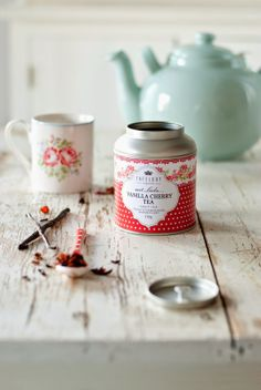 Vanilla cherry tea discovered by Lilac SoulHealer Chai, Minty House, Cuppa Tea, Tea Packaging, Tea Tins, Teapots And Cups, Teacups, My Cup Of Tea, High Tea