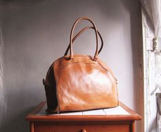 Vintage Pret Marroquineria tan leather handbag satchel by sunfafa