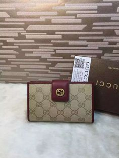 eaa79a242fba 16 Best Vintage Gucci Wallets images | Gucci wallet, Vintage gucci ...