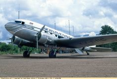 Douglas C-48B (YV-611C, c/n 1977) of Servivensa at Canaima airport on Oct 25, 1994.