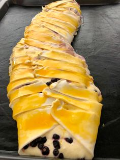 Heidelbeere-Topfen-Strudel Pineapple, Food And Drink, Butter, Fruit, Cooking, Ethnic Recipes, Desserts, Chef Recipes, Food And Drinks