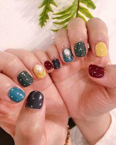ไอเดียลายเล็บ เพ้นท์สีสดใส Korean Nails, Pretty Nail Art, Nail Colors, Color Nails, Love Nails, Nail Designs, Makeup, Colorful Nail, Beauty