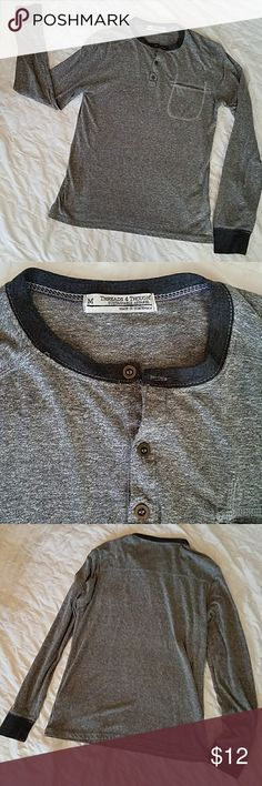 Threads 4 Thought Men's Long Sleeve Henley Threads 4 Thought Sustainable Apparel, Men's Long Sleeve Henley Shirt. Gray with navy trim, 3 copper buttons, Pocket. Great condition! Threads 4 Thought Shirts Tees - Long Sleeve
