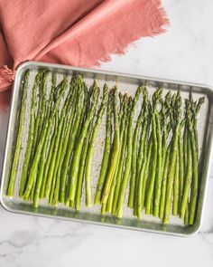 Easy Roasted Asparagus- see how to bake perfect asparagus every single time! Easy Roasted Asparagus- see how to bake perfect asparagus every single time! Source by bfota Best Asparagus Recipe, How To Cook Asparagus, Healthy Asparagus Recipes, Roast Asparagus, Parmesan Asparagus, Healthy Vegetable Recipes, Healthy Vegetables, How To Cook Vegetables, Baked Vegetables