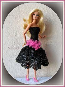 Blog o Barbie Fashionistas firmy Mattel, próbach tworzenia dla nich ubrań oraz o sztuce fotografii: Suknia czarna, szydełkowa w kilku odsłonach