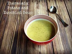 Meatless Monday - Thermomix Potato and Zucchini Soup Spicy Cauliflower Soup, Zucchini Soup, Zuchinni Recipes, Thermomix Recipes Healthy, Thermomix Soup, Curried Lentil Soup, Lentil Curry, Vegetarian Soup, Meatless Monday