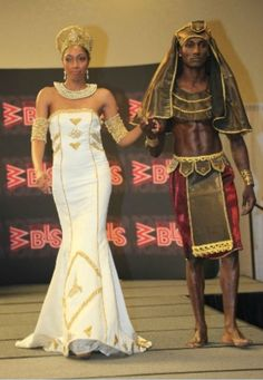 Representing Egyptian Queen Cleopatra VII and Pharoah Ptolemy XIV