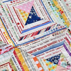 selvedge quilt   http://www.pleasant-home.com/2012/06/selvage-selvedge-quilt-update.html#
